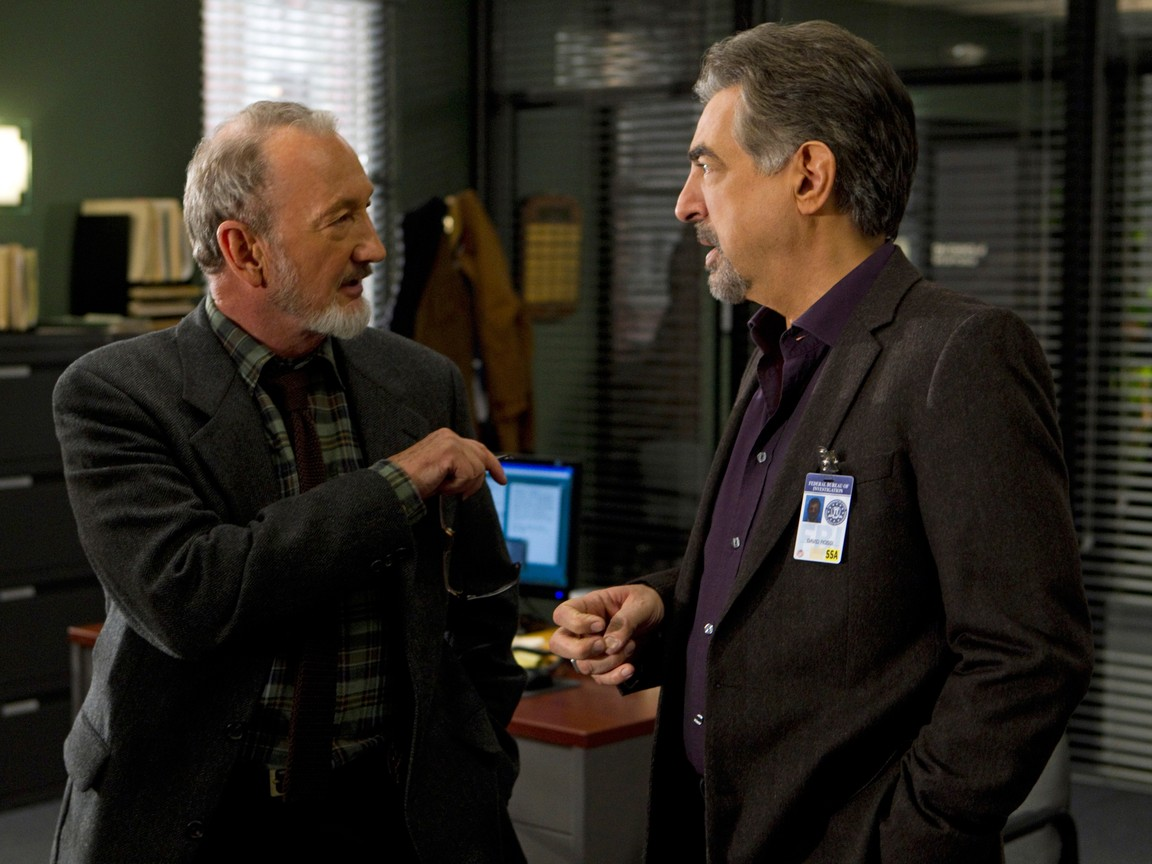 Criminal Minds - Season 7 Episode 19: Heathridge Manor