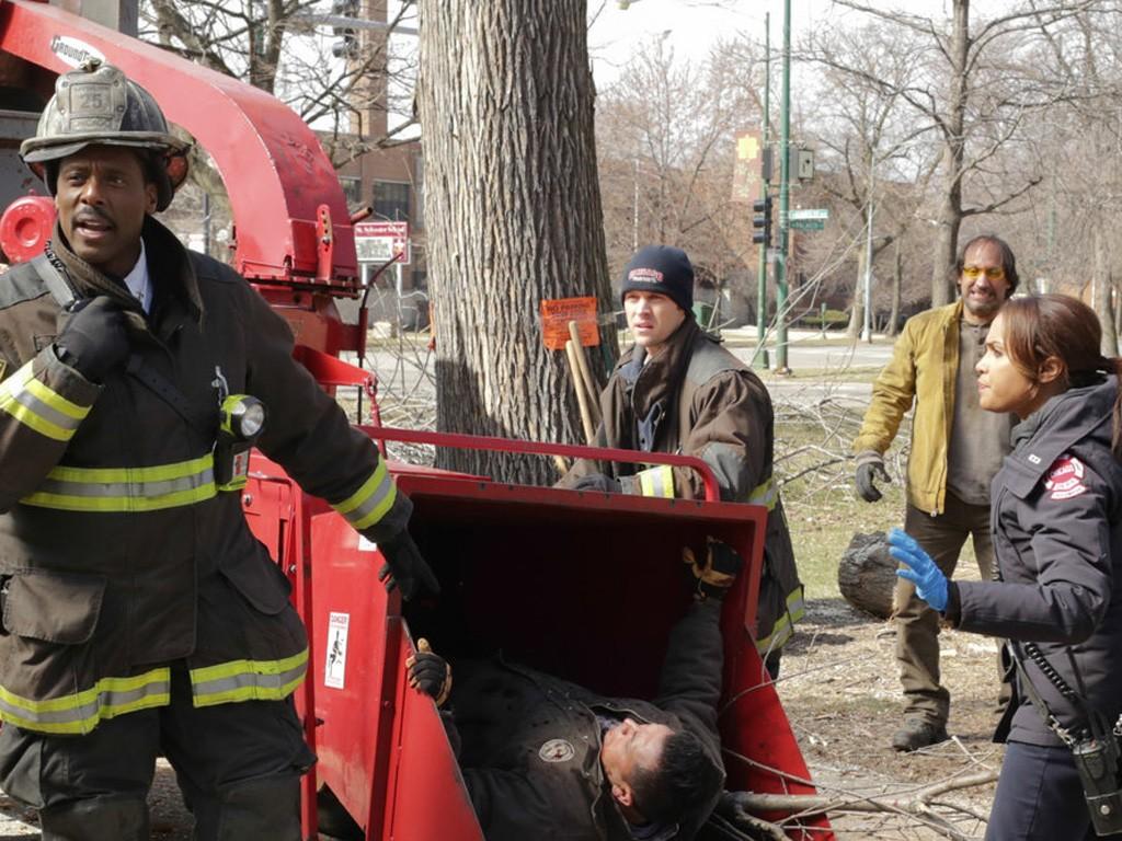 Chicago Fire - Season 2 Episode 21: One More Shot