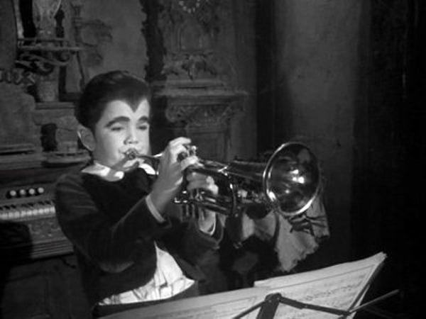 The Munsters - Season 2 Episode 24: The Musician