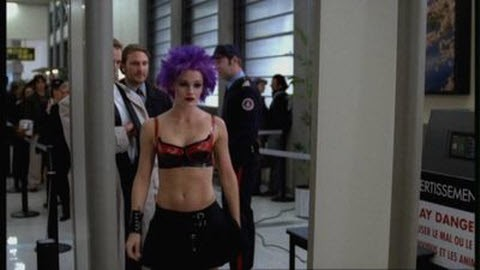 Alias - Season 2 Episode 12: The Getaway