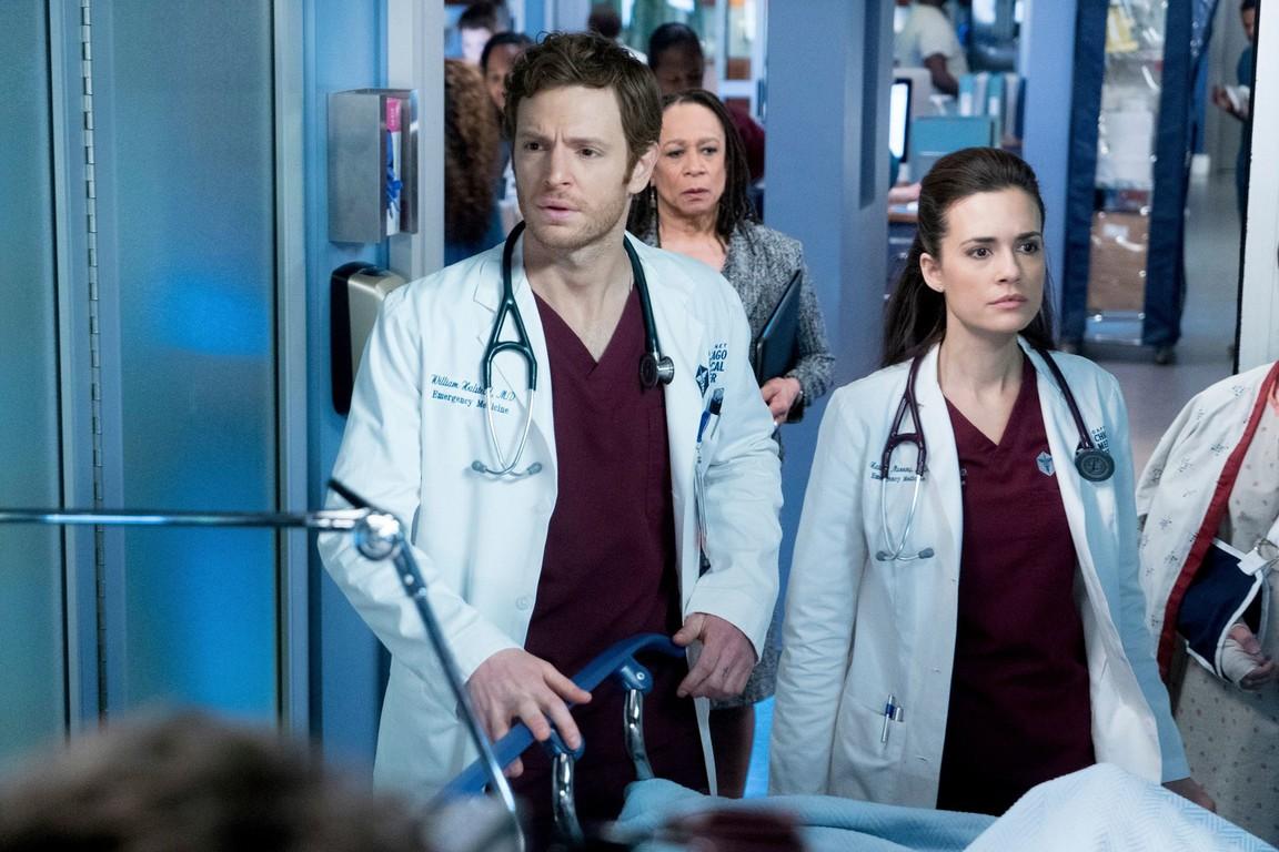 Chicago Med - Season 2 Episode 14: Cold Front