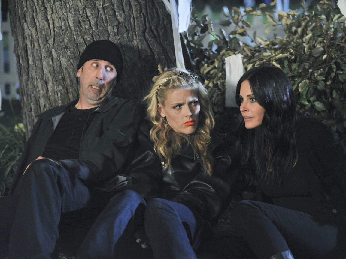 Cougar Town - Season 3 Episode 01: Ain't Love Strange