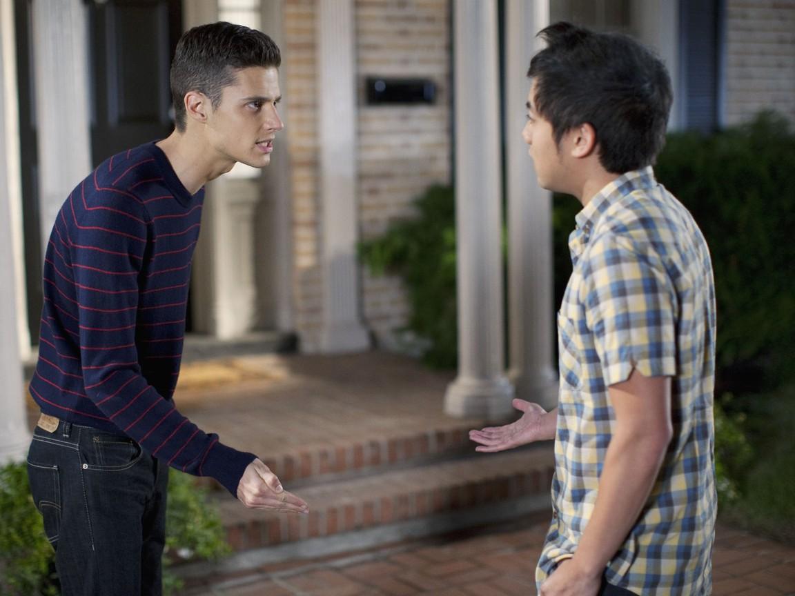 The Secret Life of the American Teenager - Season 4 Episode 14: Smokin' Like A Virgin