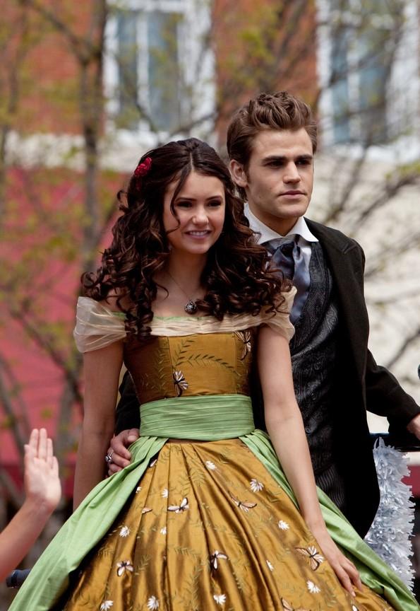 The Vampire Diaries - Season 1 Episode 22: Founder's Day