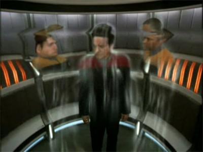 Star Trek: Voyager - Season 7 Episode 11: Shattered