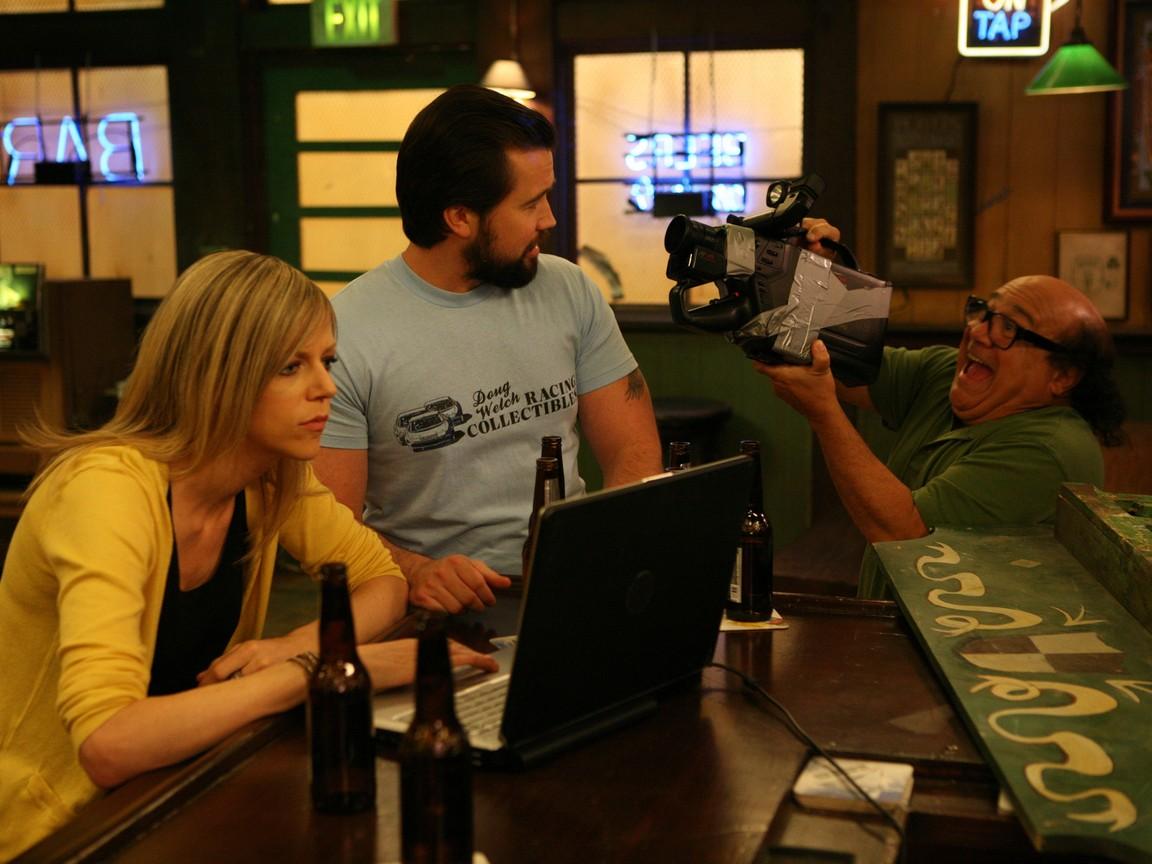 Its Always Sunny in Philadelphia - Season 7 Episode 08: The ANTI-Social Network