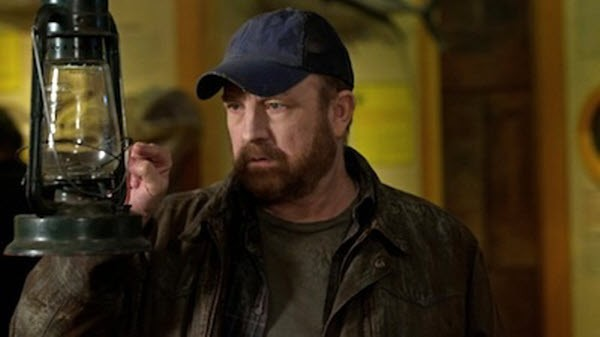 Supernatural - Season 7 Episode 19: Of Grave Importance