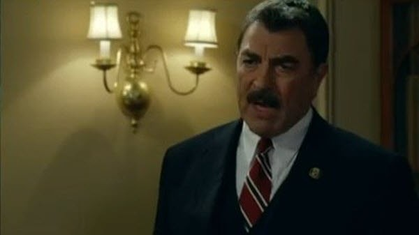 Blue Bloods - Season 2 Episode 06: Black and Blue