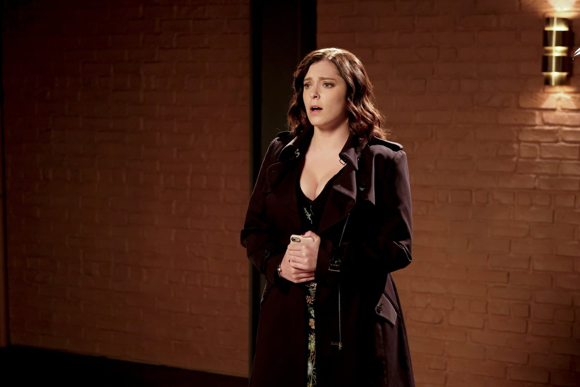 Crazy Ex-Girlfriend - Season 3 Episode 11: Nathaniel and I Are Just Friends!