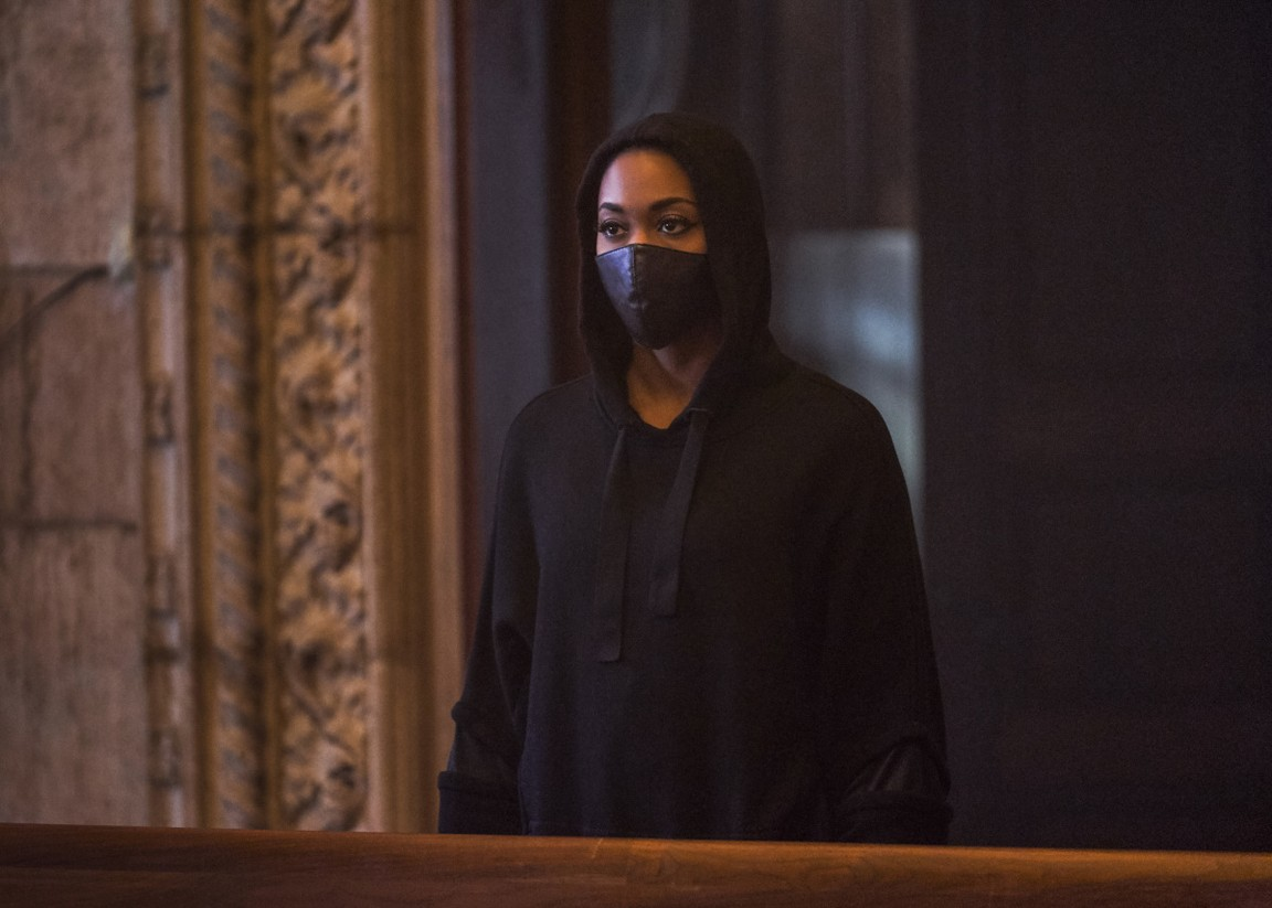 Black Lightning - Season 2 Episode 12: The Book of Secrets: Chapter Two: Just and Unjust