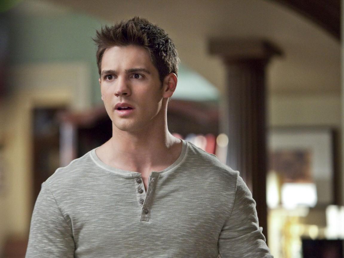 The Vampire Diaries - Season 3 Episode 21 Online Streaming