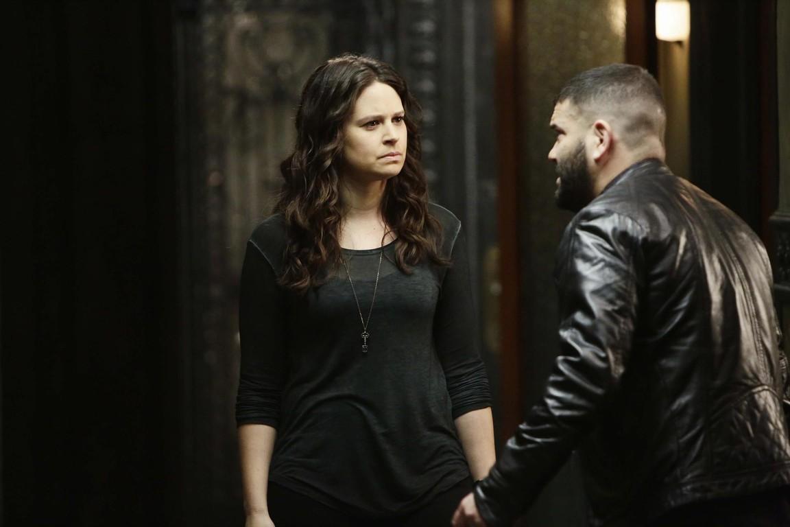 Scandal - Season 4 Episode 16: It's Good to Be Kink