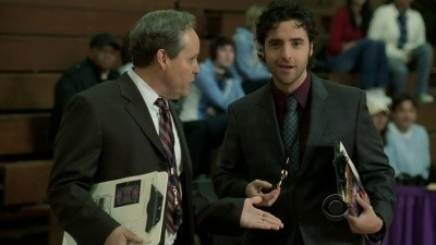 Numb3rs - Season 5 Episode 18: 12:01 A.M.