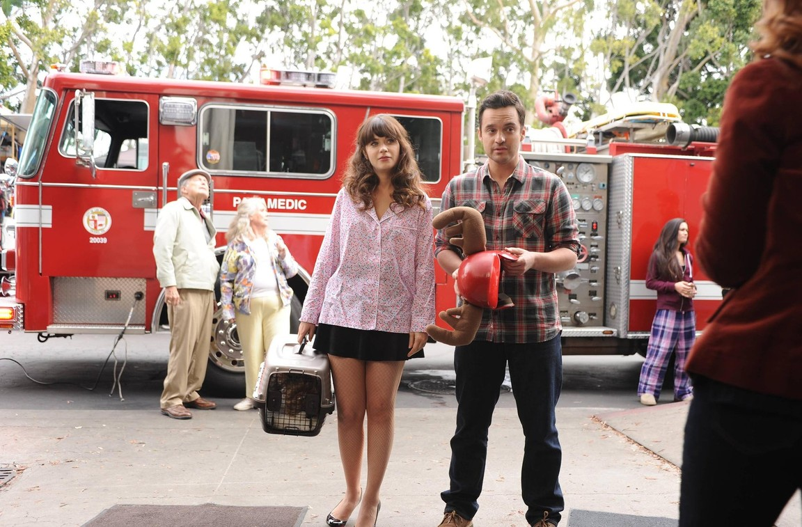 New Girl - Season 3 Episode 20: Mars Landing