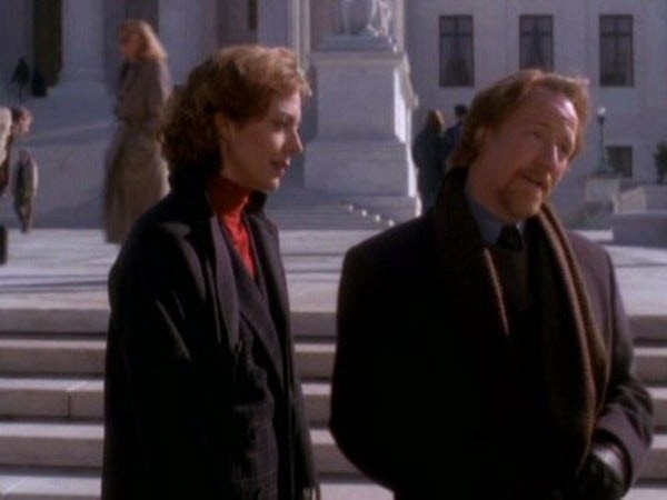 The West Wing - Season 1 Episode 09: The Short List