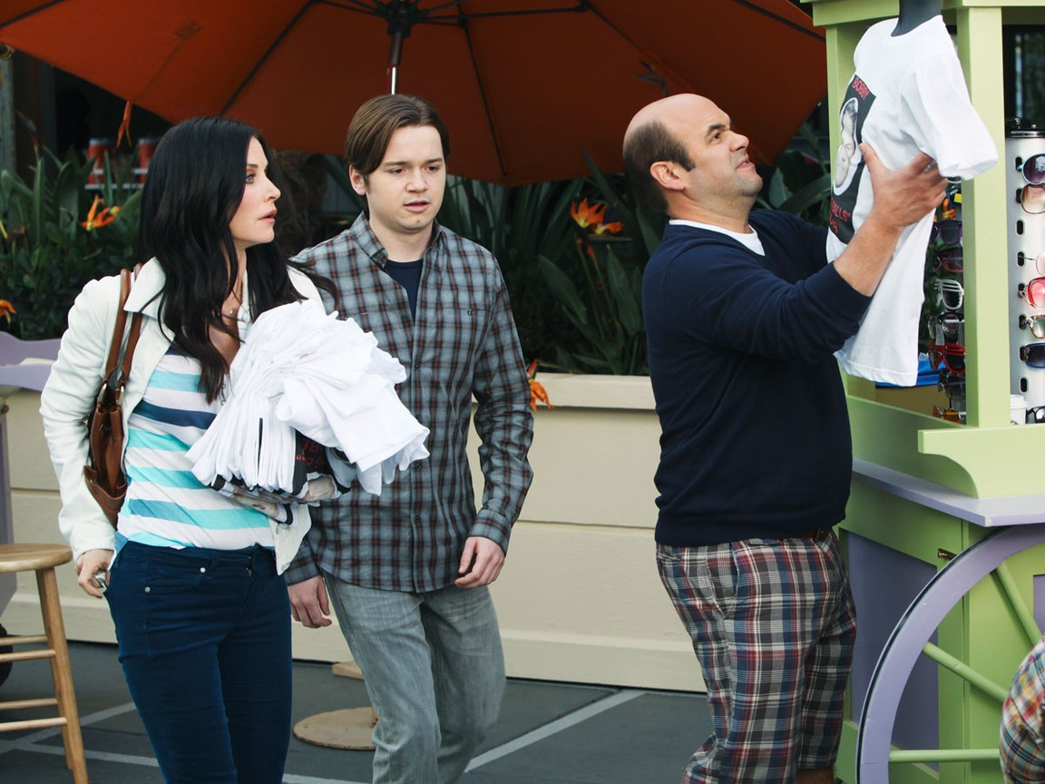 Cougar Town - Season 2 Episode 17: You're Gonna Get It!