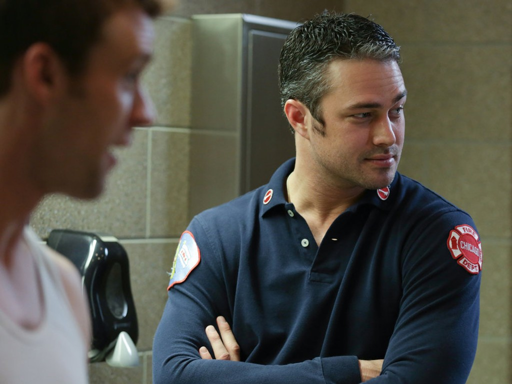 Chicago Fire - Season 2 Episode 18: Until Your Feet Leave the Ground