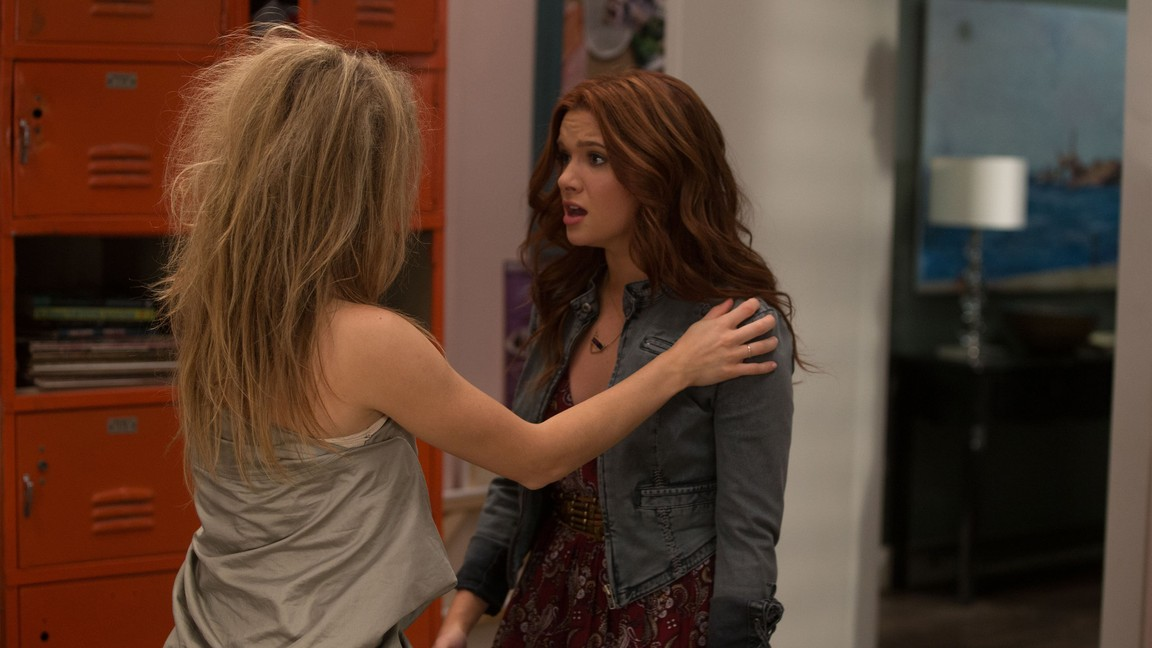 Faking It - Season 2 Episode 01: The Morning Aftermath