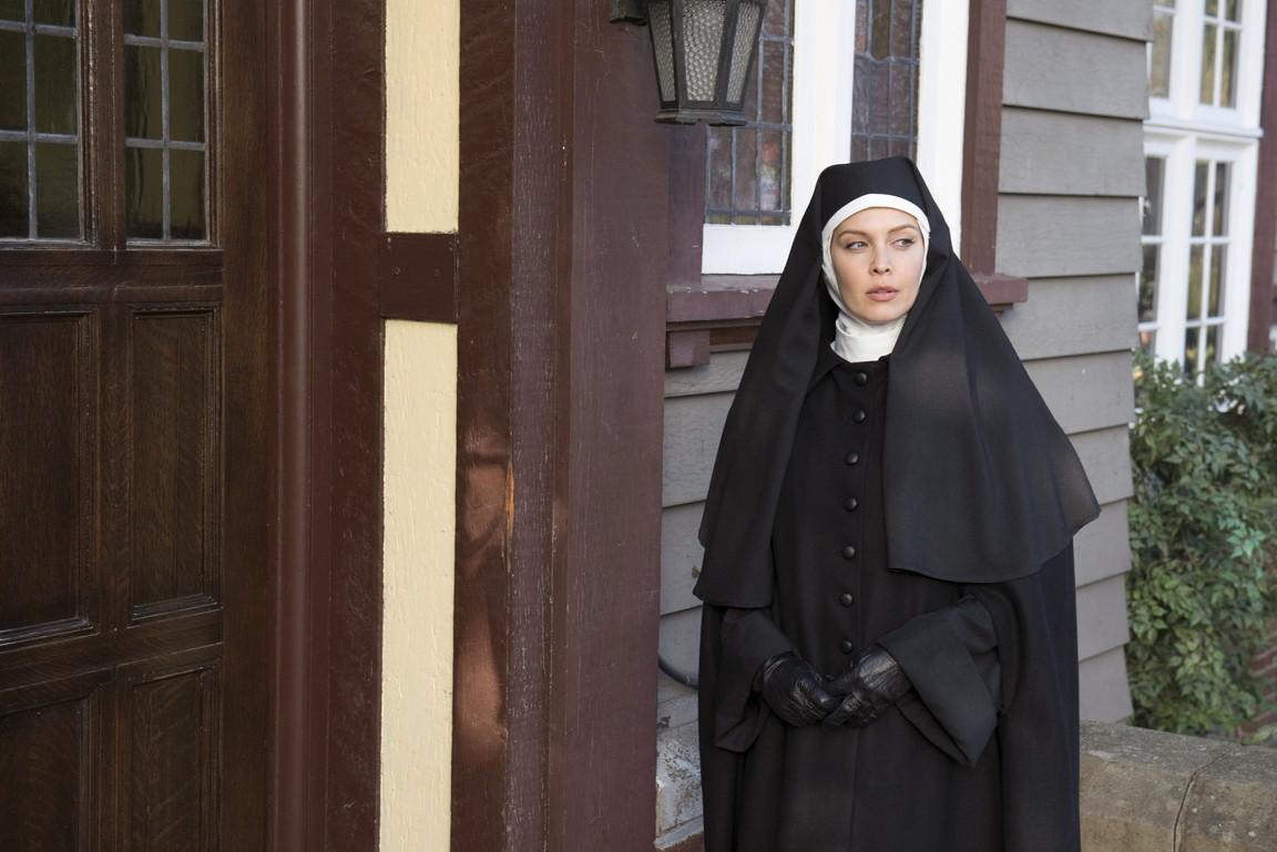 Supernatural - Season 9 Episode 17: Mother's Little Helper
