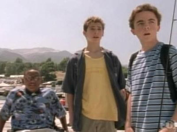 Malcolm in The Middle - Season 3 Episode 01: Houseboat (1)
