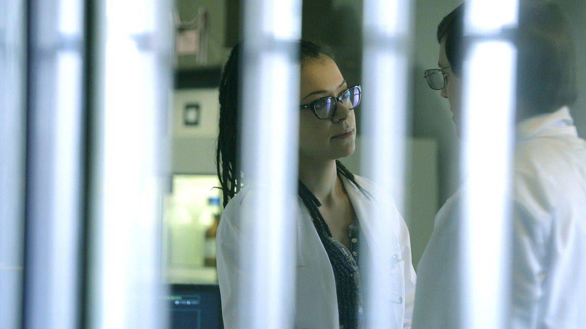 Orphan Black - Season 2 Episode 08: Variable And Full Of Perturbation