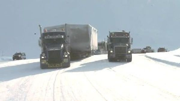 Ice Road Truckers - Season 4 Episode 08: Lisa's Monster Megahaul