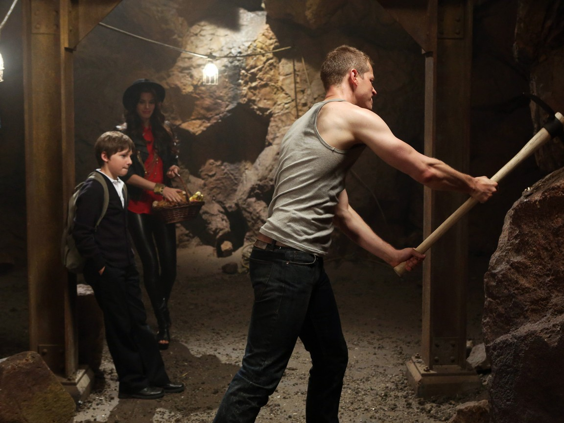 Once Upon A Time - Season 2 Episode 04: The Crocodile