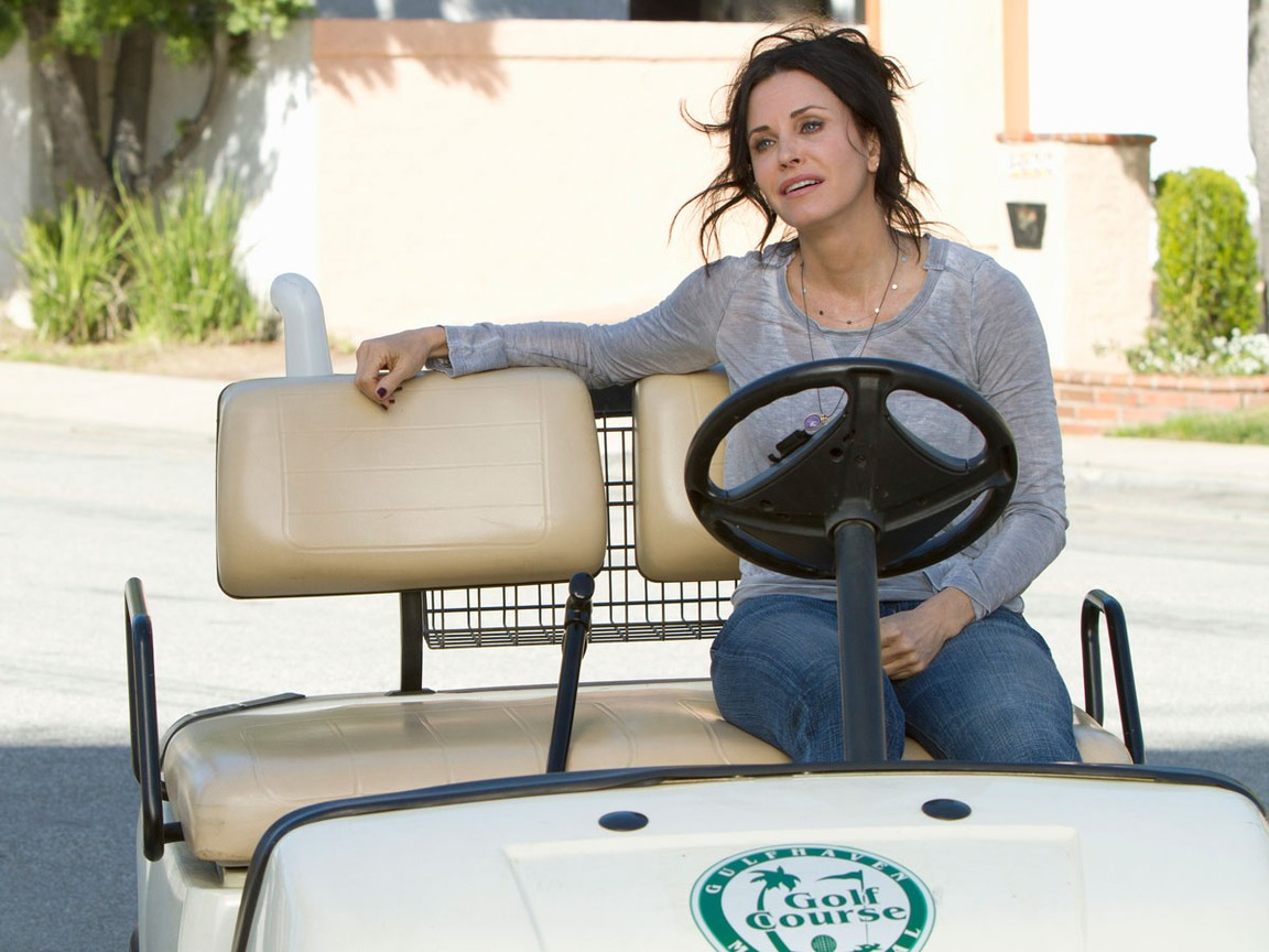 Cougar Town - Season 2 Episode 18: Lonesome Sundown