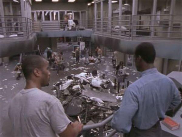 Oz - Season 1 Episode 8: A Game of Checkers