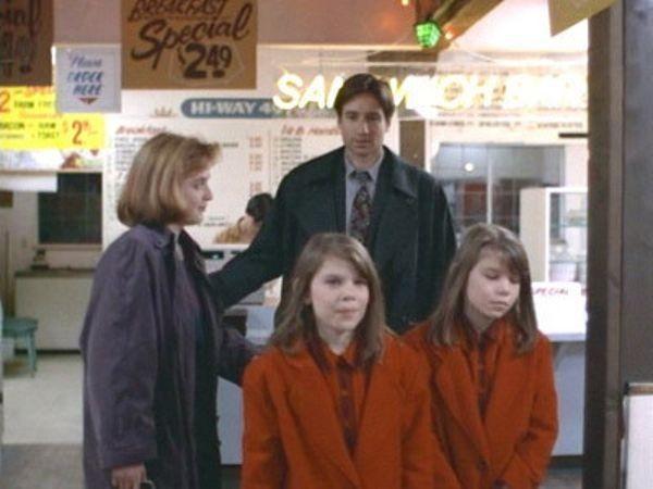 The X-Files - Season 1 Episode 11: Eve