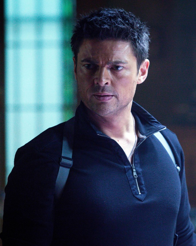 Almost Human - Season 1 Episode 2 Online Streaming - 123Movies